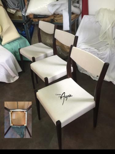 Restauration de 6 chaises années 70, en mousse